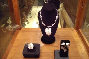 Jaime-Moreno-Art-in-Fine-Jewelry-Individual-Exhibition-at-Rock-Hard-Design-Jewelers-Pensacola-FL-USA-Nov25th-Dec23rd-2013-(13)