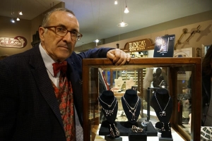 Jaime-Moreno-Art-in-Fine-Jewelry-Individual-Exhibition-at-Rock-Hard-Design-Jewelers-Pensacola-FL-USA-Nov25th-Dec23rd-2013-(19)