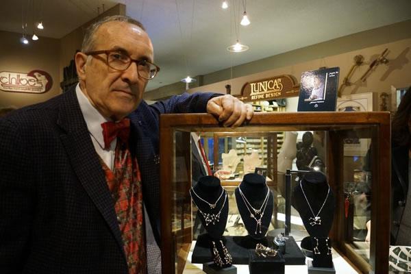 Jaime-Moreno-Art-in-Fine-Jewelry-Individual-Exhibition-at-Rock-Hard-Design-Jewelers-Pensacola-FL-USA-Nov25th-Dec23rd-2013-(19)
