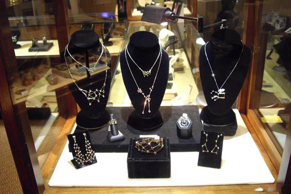 Jaime-Moreno-Art-in-Fine-Jewelry-Individual-Exhibition-at-Rock-Hard-Design-Jewelers-Pensacola-FL-USA-Nov25th-Dec23rd-2013-(20)