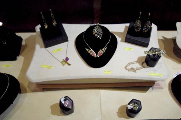Jaime-Moreno-Art-in-Fine-Jewelry-Individual-Exhibition-at-Rock-Hard-Design-Jewelers-Pensacola-FL-USA-Nov25th-Dec23rd-2013-(21)