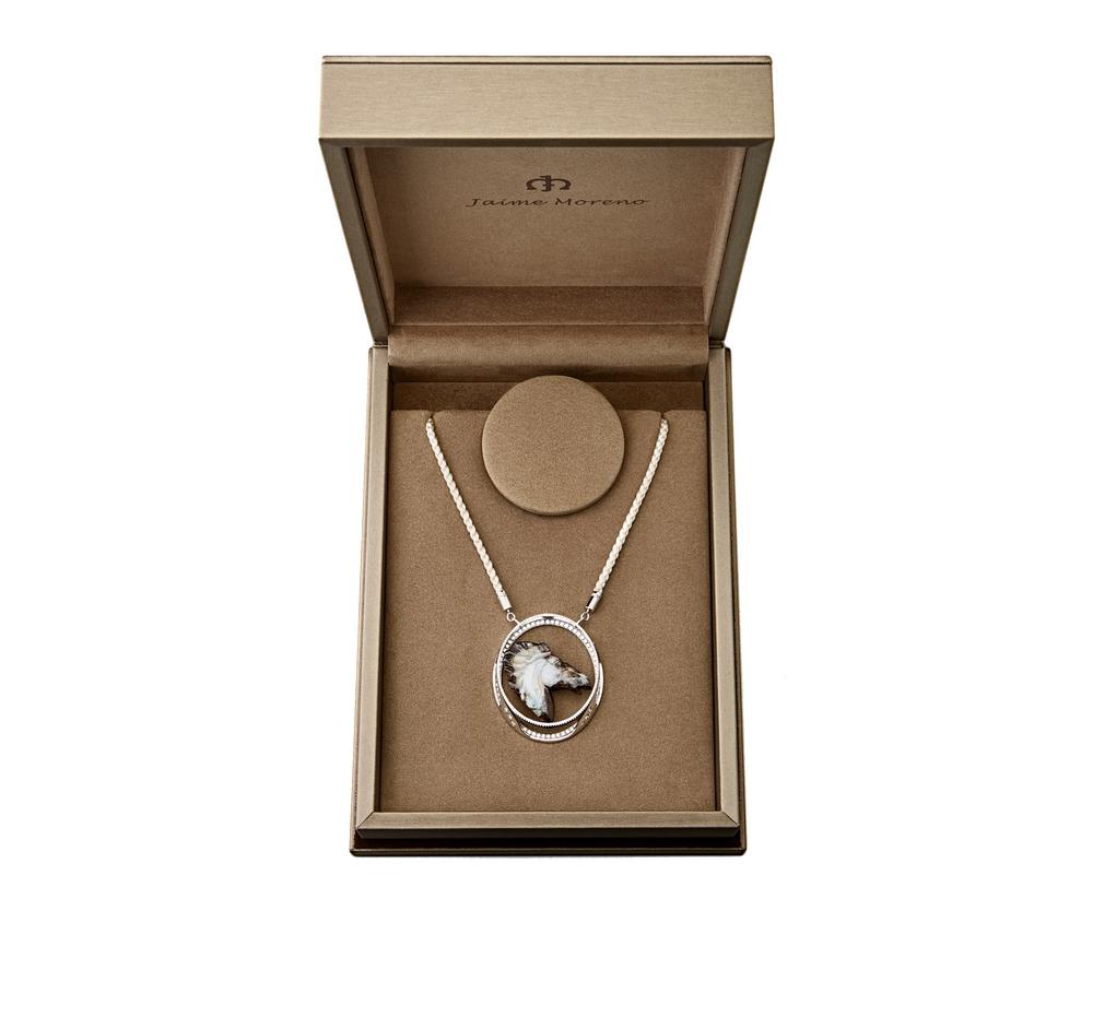 Jaime-Moreno-Art-in-Fine-Jewelry-Bucephalus-Packaging(1)