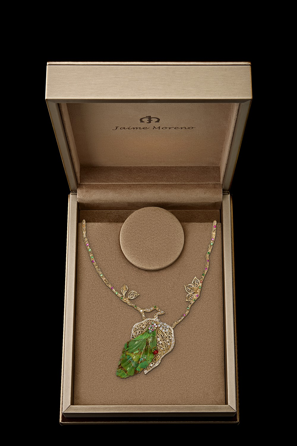Four-Seasons-Necklace-Jaime-Moreno-Art-in-Fine-Jewelry-Best-Spanish-Luxury-Jewelry-Necklace-Packaging(1)